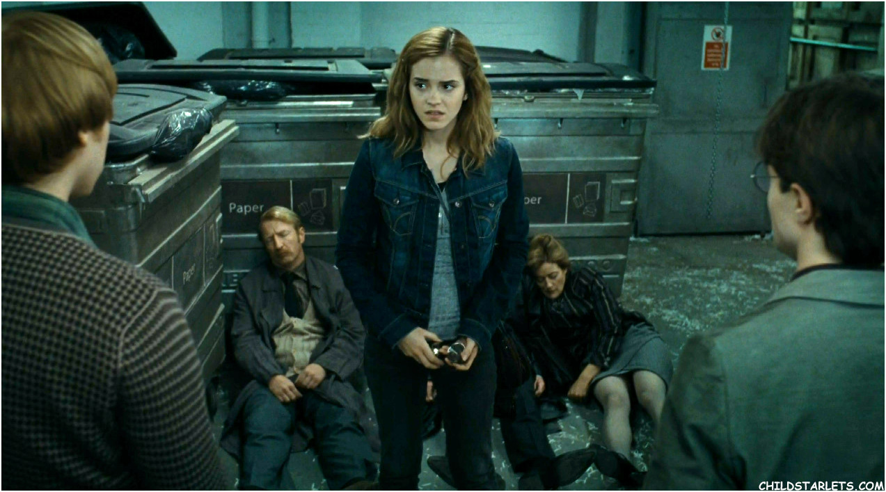 Emma Watson Quot Harry Potter Quot Quot The Deathly Hallows Part 1