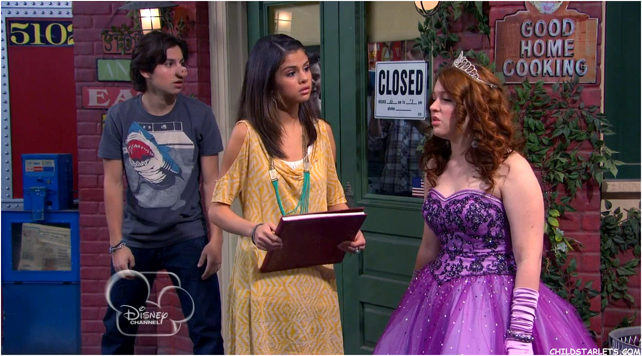 Selena gomez wizardsharperella0002 besides Selena Gomez likewise Pop Me and We Both Go Down in addition File Gregg Sulkin 2 as well Magic Unmasked. on wizards of waverly place harperella