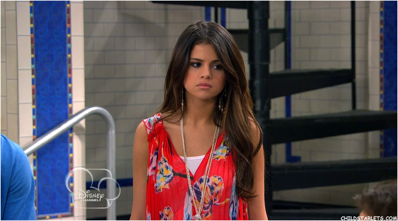 Selena gomez hair in wizards of waverly place for The waverly
