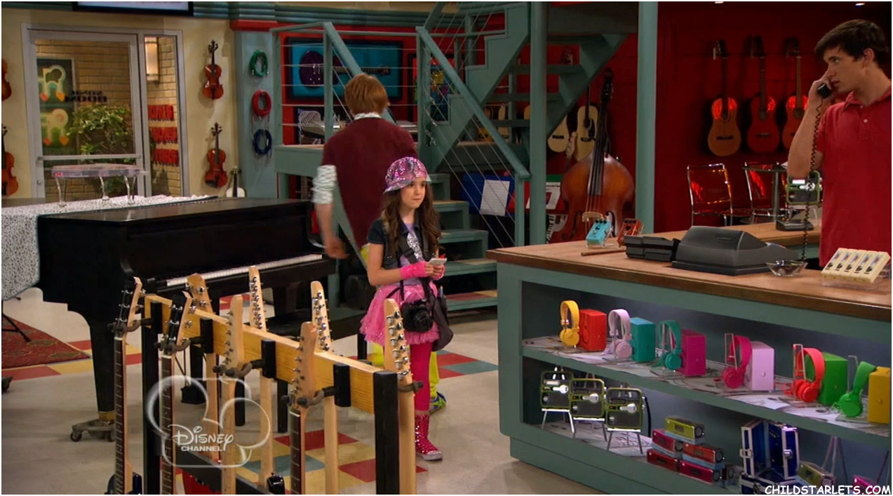 austin and ally are they dating in the show When austin and ally start dating this shows that ally really missed austin and wanted to be ally told austin they will have little time to spend.