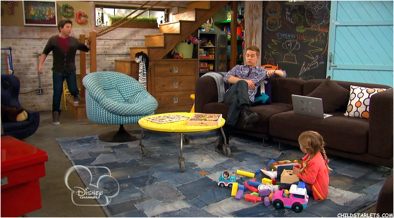 gallery for teddy good luck charlie room