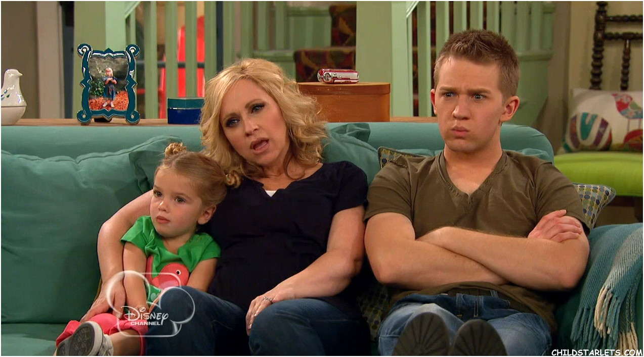 "Mia Talerico - ""Good Luck Charlie""/""Baby's First Vacation ..."