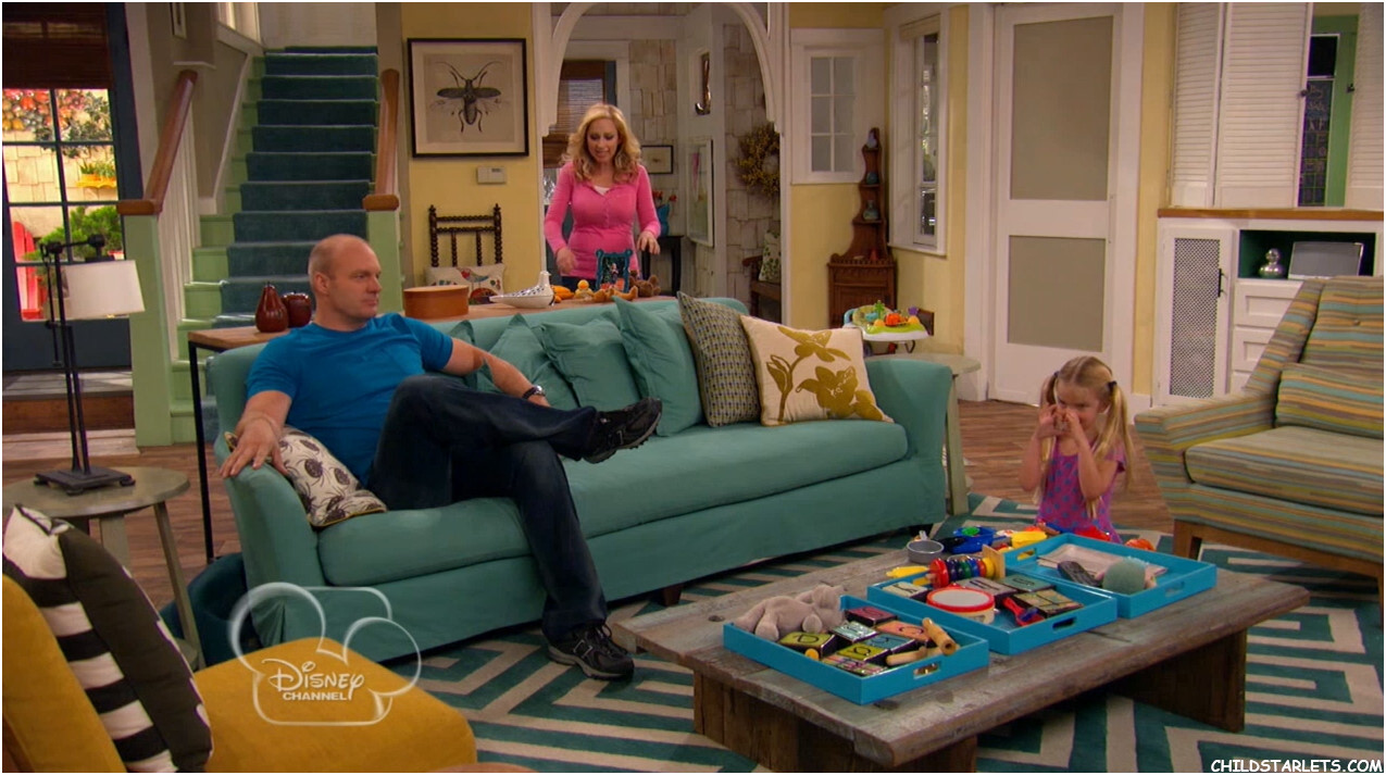 Mia Talerico Good Luck Charlie Down A Tree Images