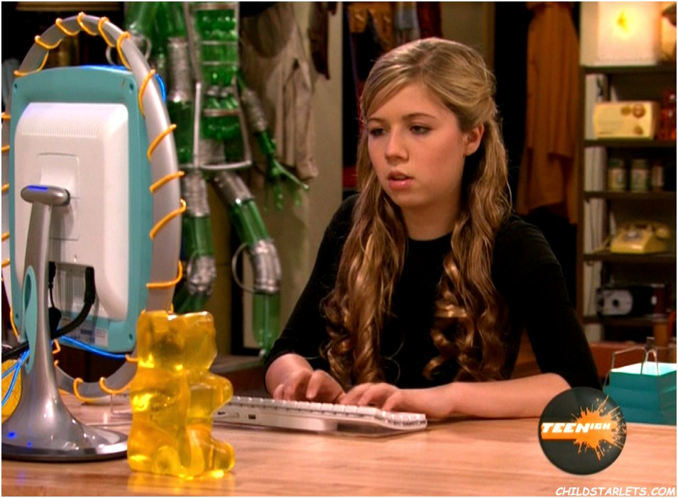http://www.childstarlets.com/captures/samples/jennette_mccurdy_icarly72.jpg