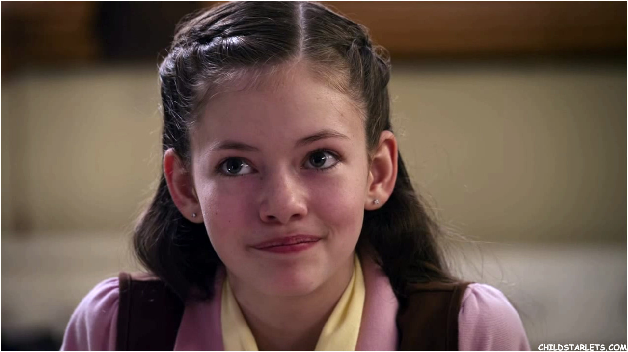Mackenzie Foy Images - The Cookie Mobster
