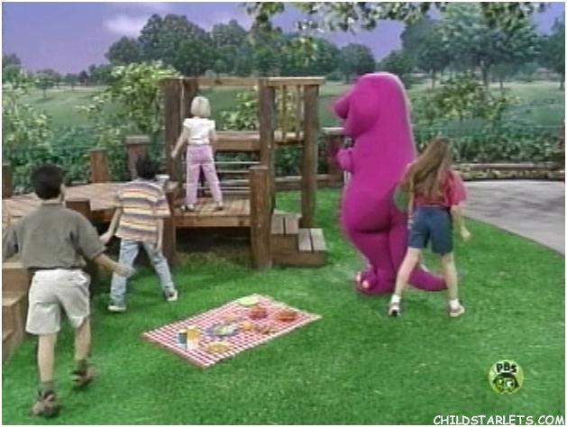 Itty Bitty Bugs Barney