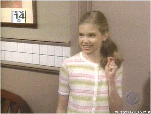 ... Child Actresses/Young Actresses/Child Starlets - CHILDSTARLETS.COM: http://www.childstarlets.com/features/guidinglight/sets/204/