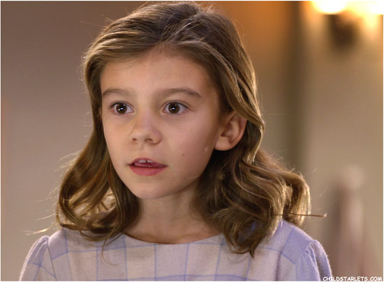 G Hannelius - Search for Santa Paws