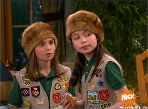 Miranda Cosgrove & Alyson Stoner Young Starlets Images/Pictures